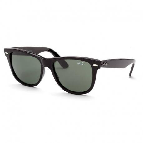RAY BAN WAYFARER Occhiali da sole colore nero, dalla forma quadrata, lente verde